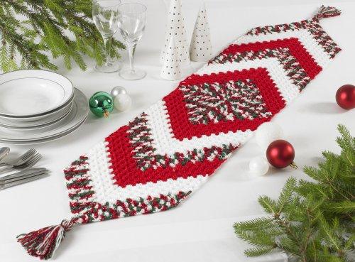 King Cole Christmas Crochet - Book 6 - Table Runner